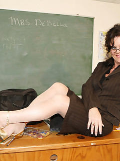 hot milf teacher with huge ol' ass