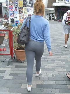 Hawt fat booty nubiles in yoga pants!
