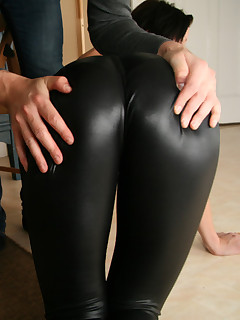 Cuties with buble butt in darksome leggings