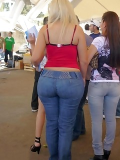 Big bum girls in jeans