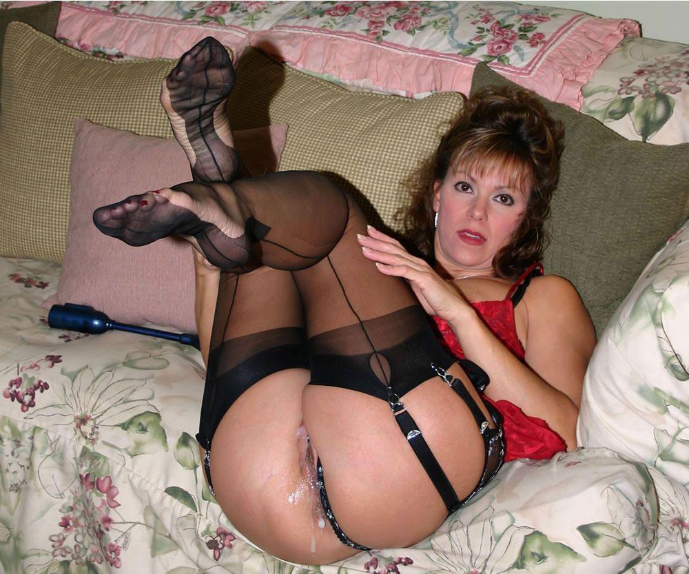 Фото зрелые проститутки, Порно фото зрелых женщин и фотографии женщин 2 фотография
