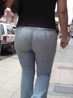 Biggest ass beauties in jeans