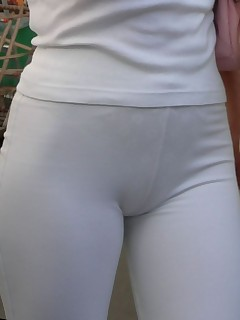 Sexy taut arse nubiles in..