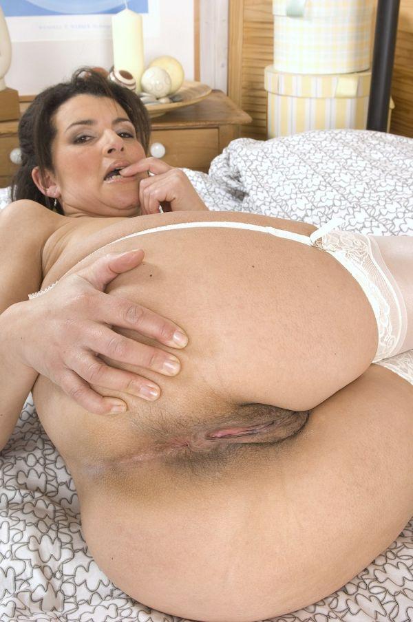 порно фото волосатих больших зрелих жоп