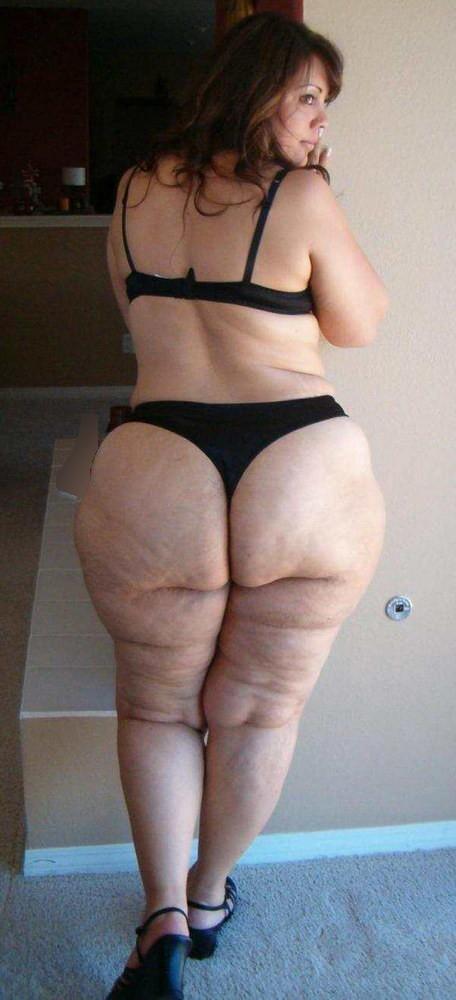 толстые девки в стрингах